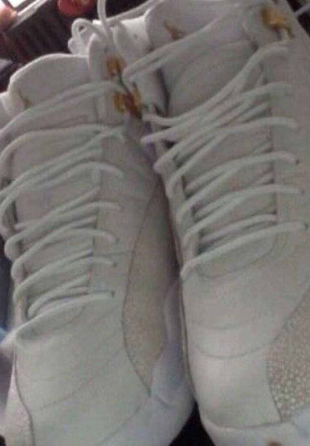 air-jordan-12-ovo-white-05